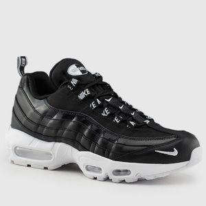 Nike Air Max 95 Premium Sneakers 9.5